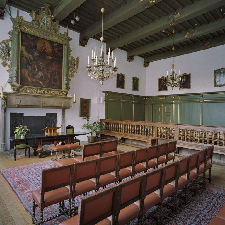 Historische verhalen ophalen in het oude stadhuis